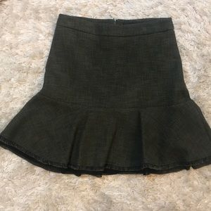 Ann Taylor tweed olive skirt